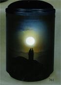 Bestatter Ingolstadt Urne mit Sonnenuntergang